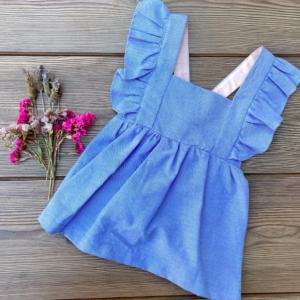 Vestido azul sin mangas