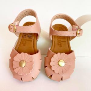 Sandalia rosa niñas flores